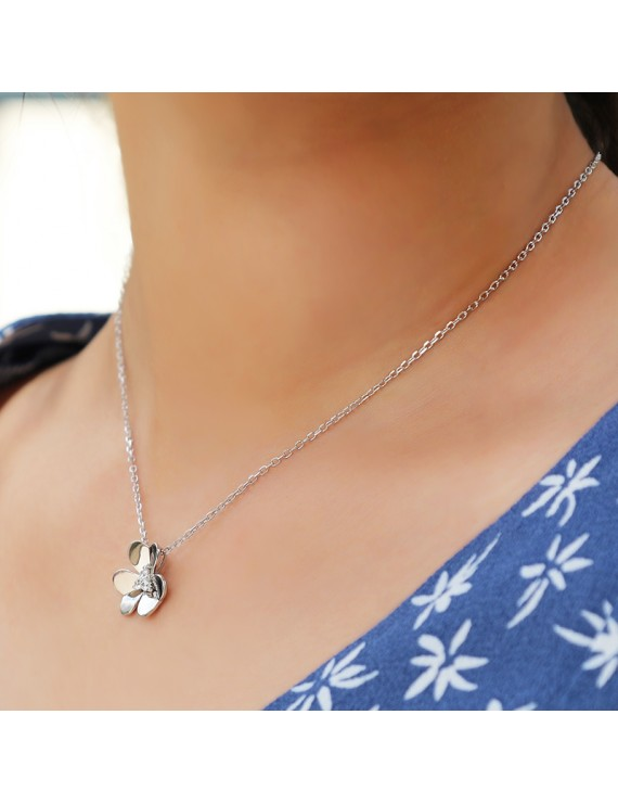 FLOWERS WITH ZIRCON SILVER NECKLACE
