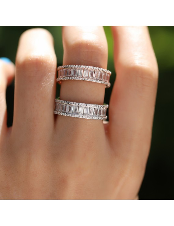 COMPLETE BAGUETTE STONE FULL ROUND RING